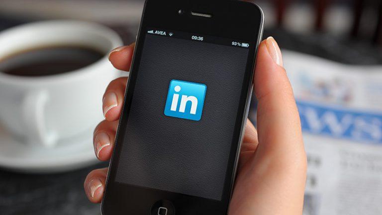Как использовать LinkedIn для исследования колледжей