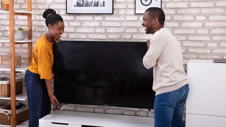Как правильно выбрать размер экрана телевизора