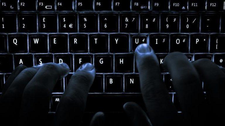 Как использовать сенсорную клавиатуру в Windows 10
