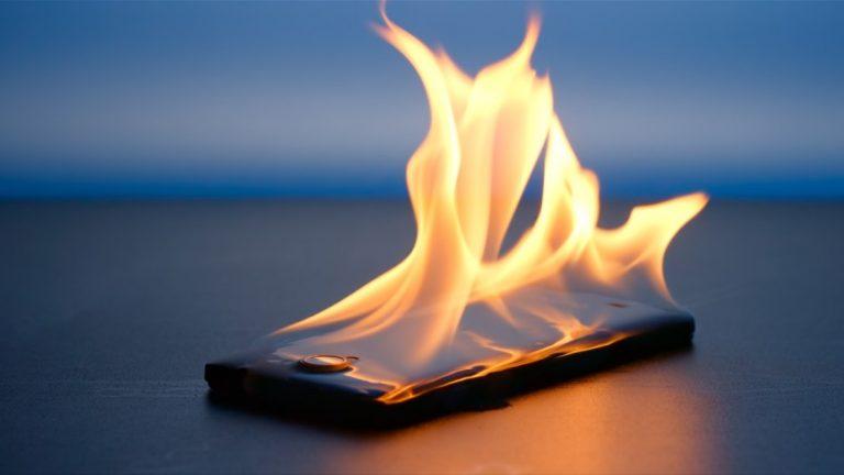 Почему взрываются телефоны и как этого избежать
